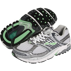 Pavement Running Shoes