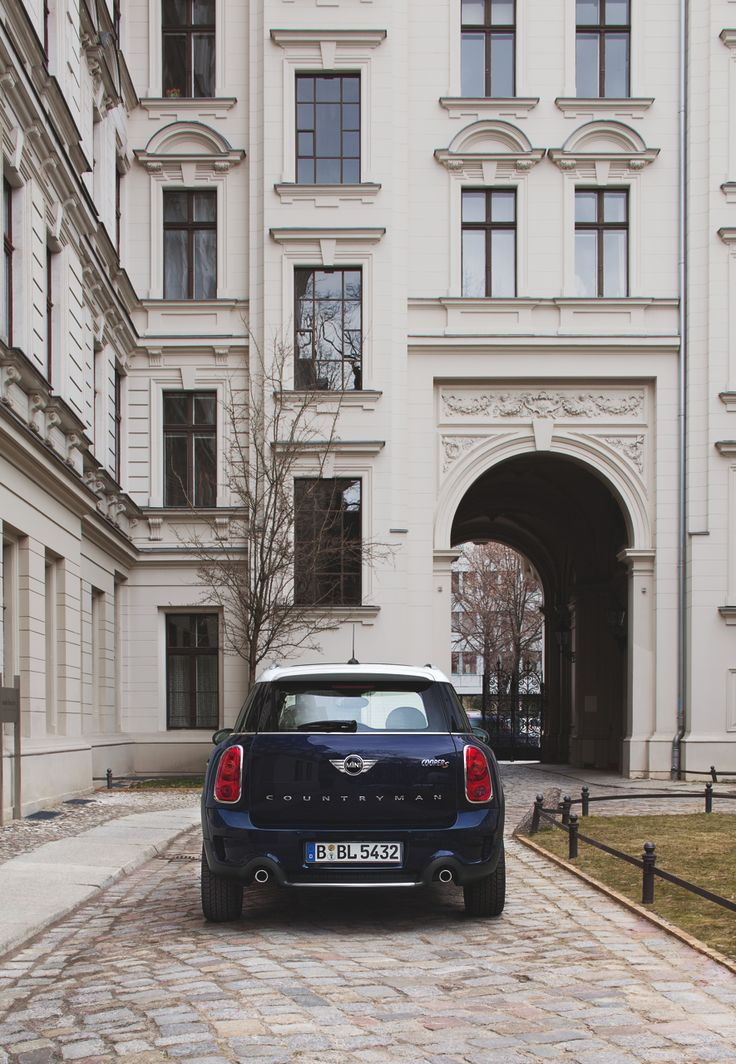 Travel the byways of Berlin in true MINI Countryman style. Discover the full story now on MINI Space.