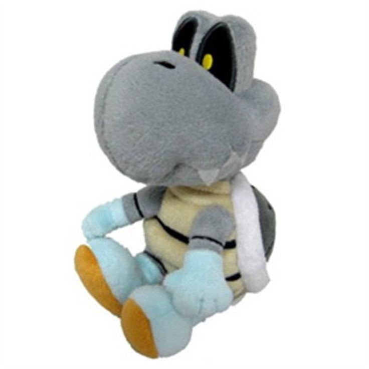 KOOPOSSO PLUSH Uno dei classici nemici di Super Mario, l'inarrestabile Kooposso, in versione peluche da 17 cm. Licenza ufficiale Nintendo, materiali di qualità, morbidissimo e tutto da coccolare! - Maggiori dettagli: http://www.thegameshop.it/it/peluche/525-nintendo-kooposso-plush-17-cm-3760116328579.html#sthash.d9GKs0aR.dpuf