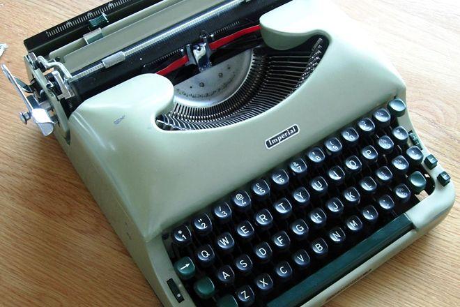 A boa e velha máquina de escrever está de volta - vendas crescem na Alemanha - Blue Bus