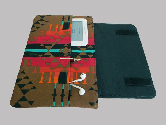 MACBOOK AIR 13 INCH SLEEVE - CASE - COVER  Wrap your MacBook in a soft, slim and secure sleeve. It has just the right amount of padding to protect your MacBook and keep it looking new. There are 2 large pockets and 1 small pen pocket on the outside of the sleeve, and all 3 are lined and interfaced for added strength. Pockets are covered by the Velcro flap when closed, so your stuff wont fall out.  Double fleece interfacing makes it strong and durable without being too bulky. A great laptop…