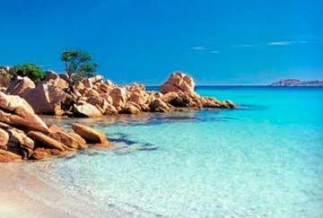 Consigue tu #oferta de #viaje a #Cerdeña para vivir unas tranquilas vacaciones en sus playas y calas preciosas de color azul turquesa. Puedes optar con alquilar un barco y bordear la isla en busca de las más ocultas e inaccesibles por tierra, de forma que disfrutarás de las vacaciones más relajantes posibles. Aquí puedes ver una lista con nuestros mejores viajes a Cerdeña http://www.felicesvacaciones.es/ofertas-viajes-baratos/cerde%C3%B1a/