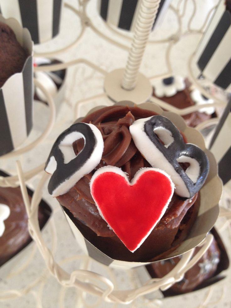 #trial 2 cupcake #chocolate #ash & Ben #royal icing #food dye #madebyme #fun #love #trial engagement cupcake