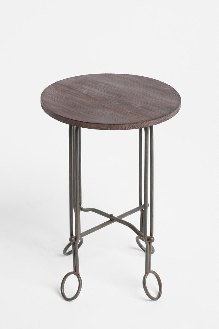 side table from urban outfitters $39Urbanoutfitters, Painting Legs, Urban Outfitters, Living Room, Petite Side, Bedside Tables, Legs White, Families Room, Leather Chairs