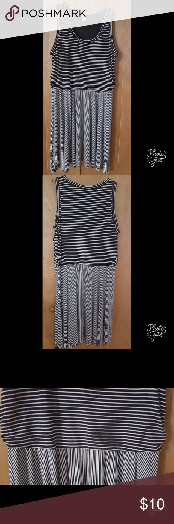 Old Navy Striped dress Black and white fit and flare dress Old Navy Dresses