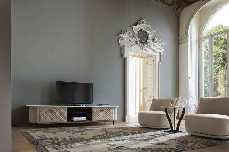 """Grazie per le belle parole nella recensione """"Viaggio nel tempo: come avere un soggiorno in stile classico nel 2016 !"""" ( https://goo.gl/7TbCIV ).  #interior #furniture #classic #neoclassic #controlucehome"""