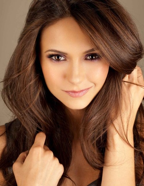 Pretty hair color. Nina Dobrev is gorgeous