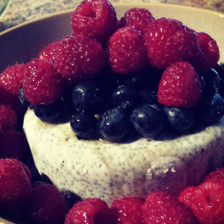 Raw Vegan Chia Seed and Coconut Cake with Fresh Berries. For recipe, visit The Green Chickpea here: http://thegreenchickpea.wordpress.com/2014/09/28/raw-chia-seeds-and-coconut-cake-with-berries/