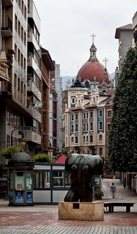 Calle Pelayo Oviedo, Asturias, Spain