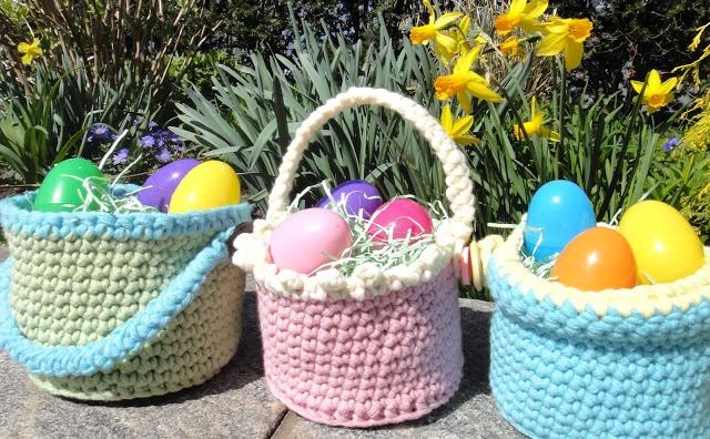 Val's Corner: Crocheted Easter Baskets