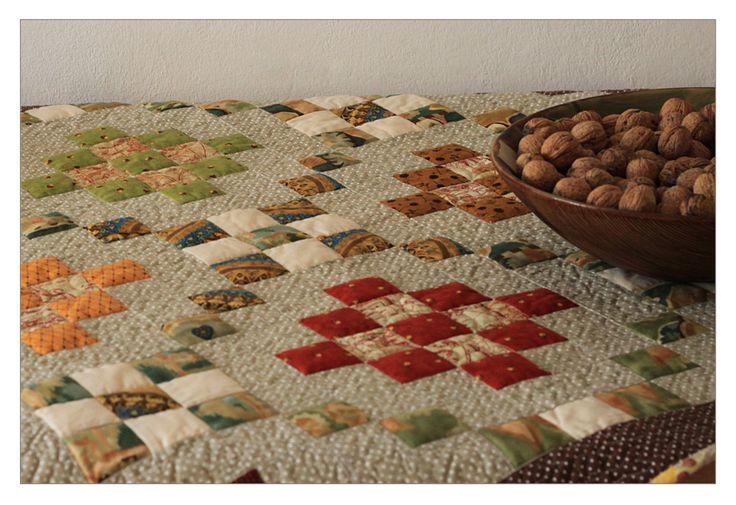 patchwork, quilt, obrus patchworkowy, gęsto pikowany