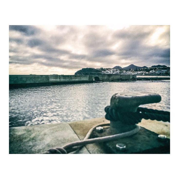 Amarre en Cabo de Palos  #muelle #amarre #dock #docks #mooring #pier #port #puerto #docks #harbour #harbor #mer #bateau #boat #mar #sea #cabodepalos #murcia #spain #imarchi #mobilephotography #fotografomovil #fotografomadrid #instagramspain Originally posted in Instagram http://ift.tt/2rLb5a9 on June 19 2017 at 01:42AM Amarre en Cabo de Palos muelle amarre dock docks mooring pier port puerto docks harbour h imarchi imarchi.com photographer fotografo Madrid Spain photography photo foto iphone…