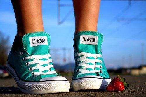 the color of these converses... <3Chuck Taylors, Fashion, Convers Shoes, Tiffany Blue, Colors, Strawberries, Blue Converse, Teal Convers, All Stars
