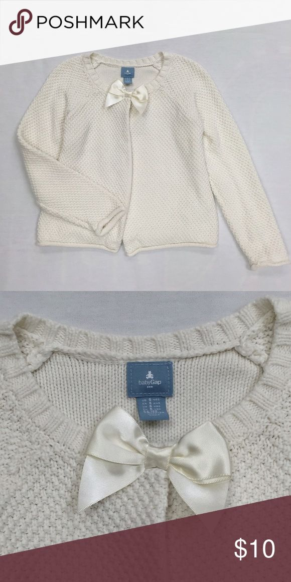 Baby Gap Outlet Girl Ivory Cardigan Very nice cardigan in excellent condition. Great for layering looks. GAP Shirts & Tops Sweaters