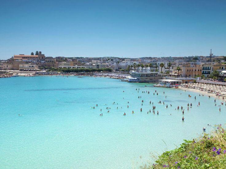 Otranto Beach, Otranto, Italy https://www.worldtrip-blog.com http://www.actuweek.com/go/amazon-italie.php