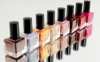 Quitar esmalte de uñas de la ropa con acetona - Trucos de hogar caseros