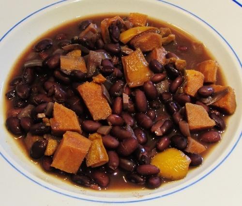 Black Bean & Sweet Potato Soup | Soups on | Pinterest