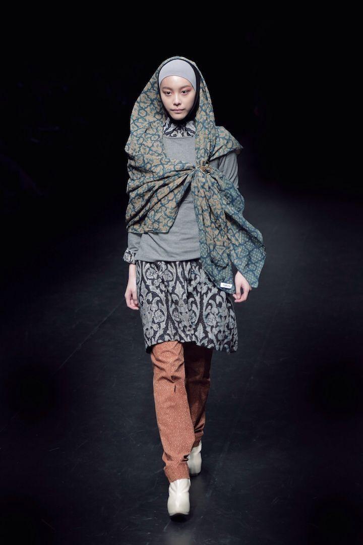 NurZahra at Mercedes Benz Fashion Week Tokyo - more info email to info@nurzahra.com