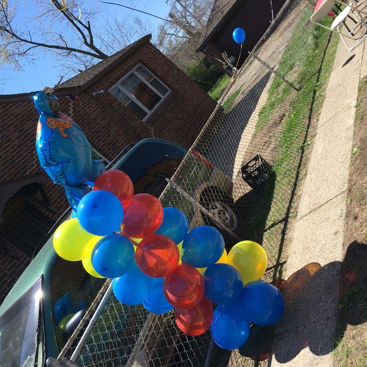 Sesame Street ballon column