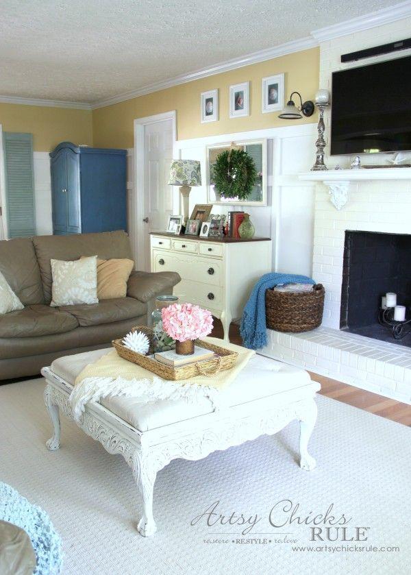 Coastal Summer Home Tour - with Balsam Hill - Coastal Home Decor - #nautical #coastal #homedecor artsychicksrule.com