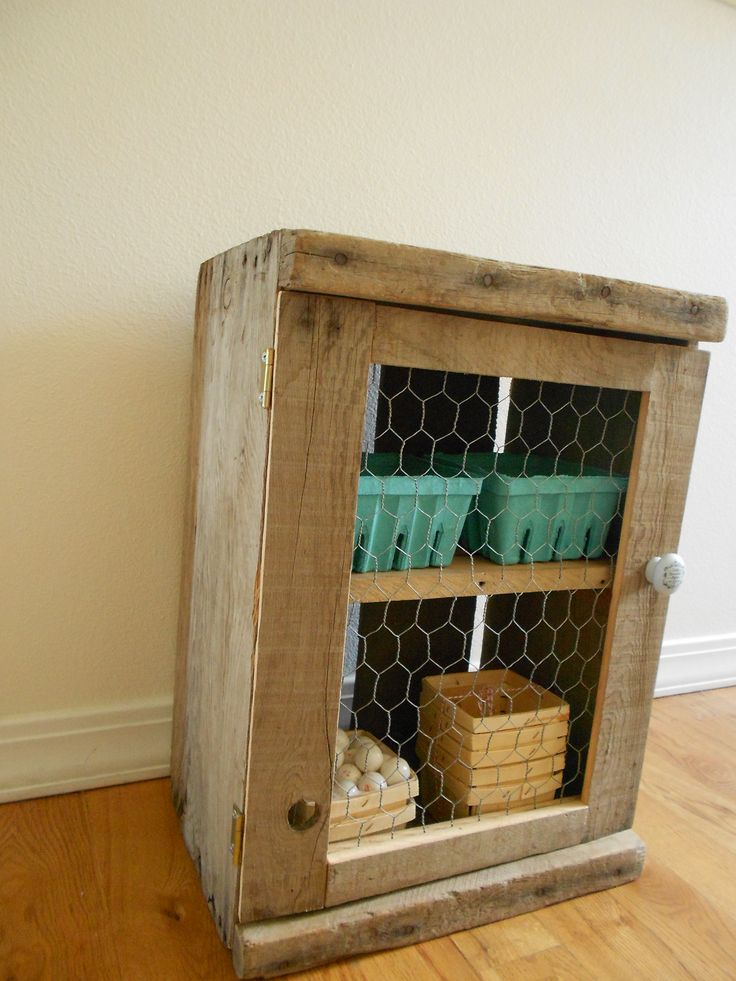 17 best images about rustic scrap wood pallet projects for Wooden chicken crate plans