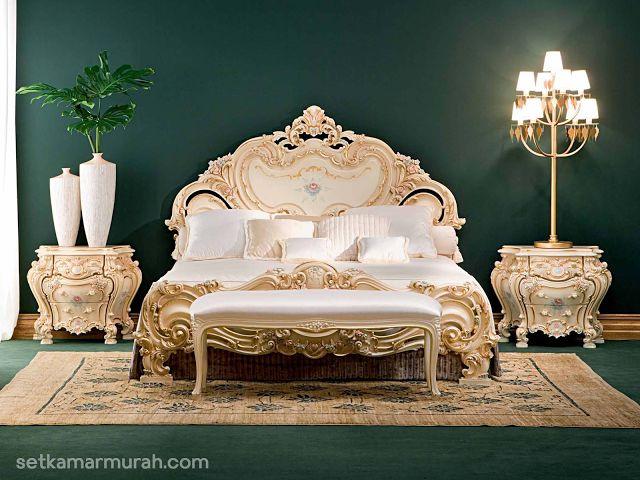 Harga Tempat Tidur Klasik