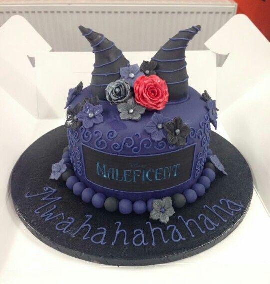 Maleficent Cake.