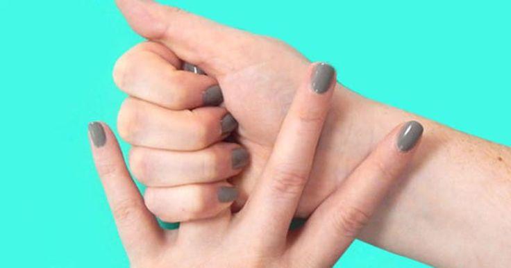 Hon kramar om sitt ena ringfinger i 20 sekunder. Resultatet? Jag måste testa.