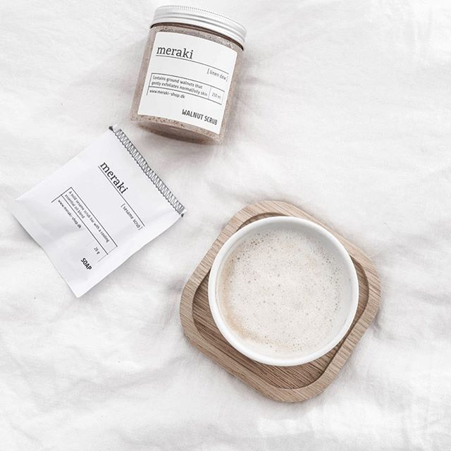 Goodnight ! .  .  .  .  .  .  .  #flowerstagram #coffeelove #pictoftheday #onthebedproject #normanncopenhagen #merakishopdk #houseshop#everydaystories #flatlaystyle #flatlay #flatlays me#myhome#style#beauty#fashion