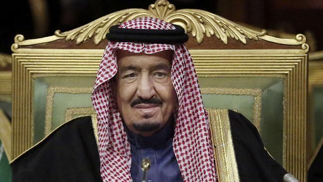 Der große Saudi-Arabien-Report: Scheichs gar nicht mehr reich http://www.bild.de/geld/wirtschaft/saudi-arabien/saudi-arabien-geht-das-oel-geld-aus-43965418.bild.html