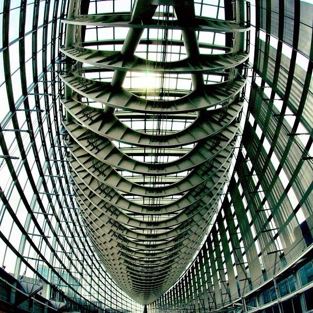  東京国際フォーラム   #instagramer #instagram #iphoneography #webstagram #iphone4s #photooftheday #instagood #instagramhub #Japan #all_shots #gmy #perspective #building #buildingstyles_gf #gmy - @ka2hide- #webstagram