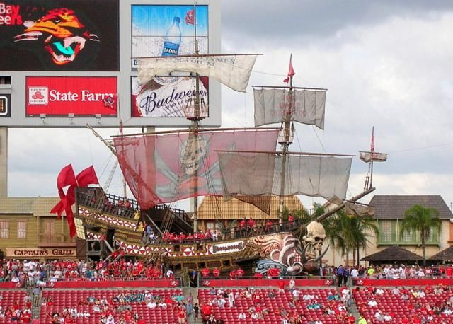 Raymond James Stadium in Tampa, Florida.  Super Bowl XLIII Stadium in 2009  http://architecture.about.com/od/greatbuildings/ig/Stadium-and-Arena-Pictures/Dolphin-Stadium.-9YO.htm#step-heading
