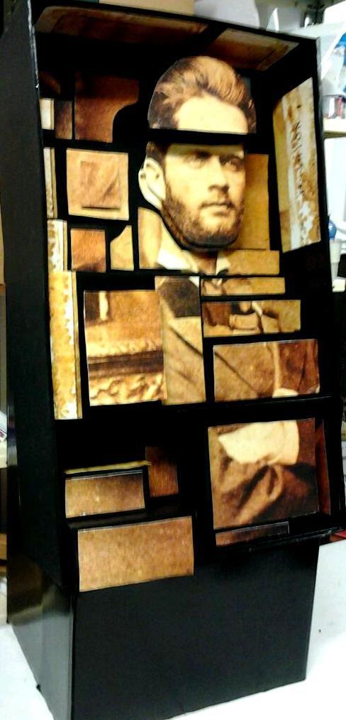 Panel lateral izquierdo del montaje dedicado a Domingo Rivero