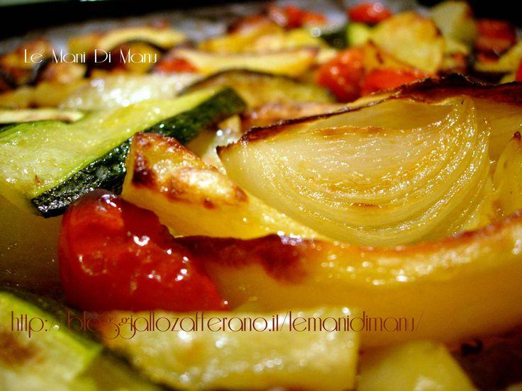 Le verdure al forno sono uno squisitissimo contorno o piatto unico da mangiare ad esempio con del buon formaggio che si può preparare anche in anticipo!