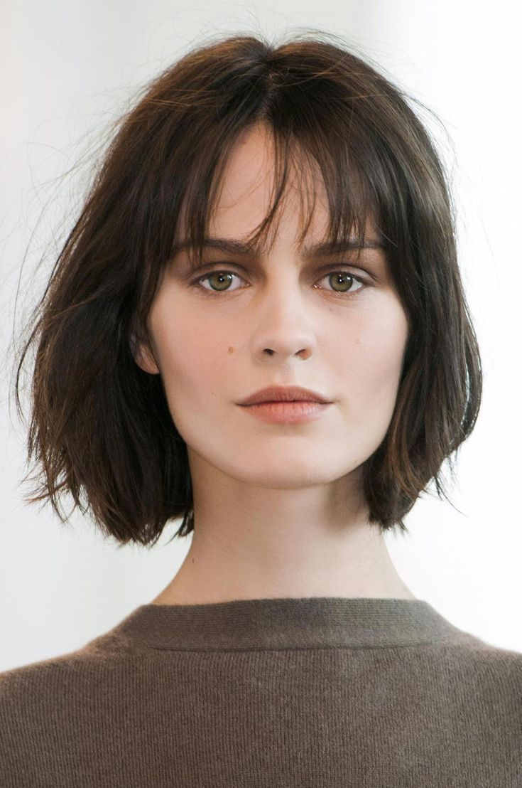 Short Hairstyle Ideas Straight From the Runway – wispy fringe + choppy cut #womenshorthairstyles #Shorthairwithbangs – #fringe #hairstyle