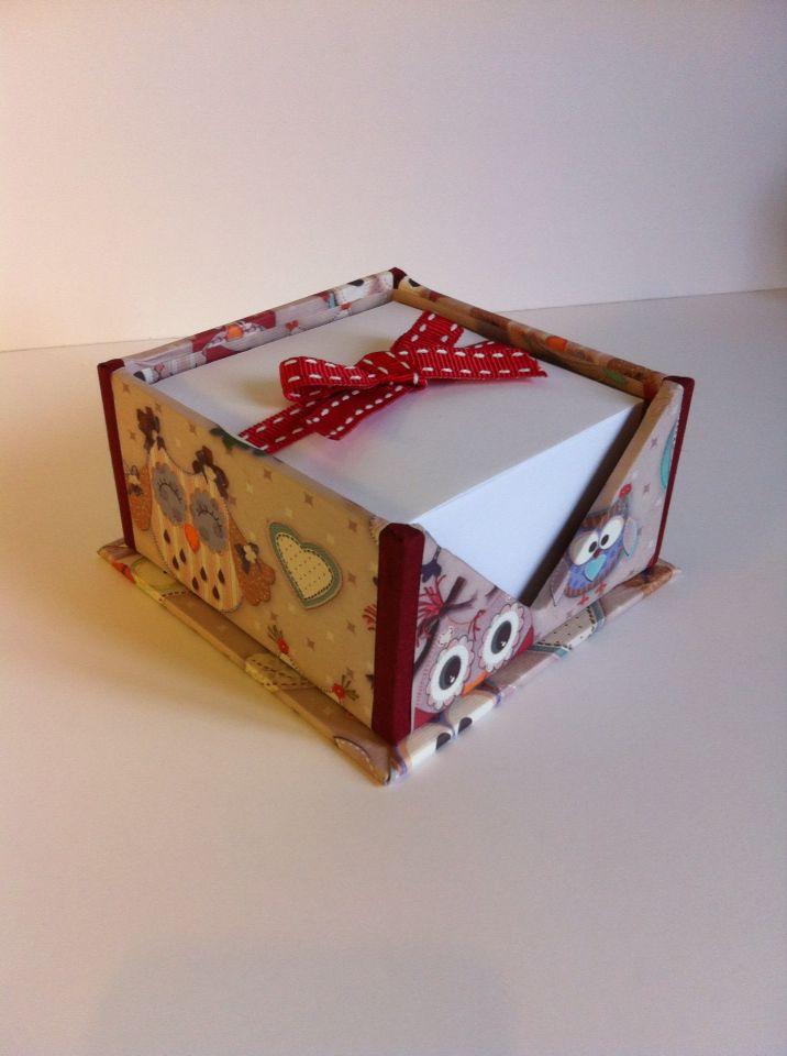Portablocco appunti cm 10x10 rivestito con carta gufetti.  Una nuova creazione Artefattishop - disponibile su  Etsy