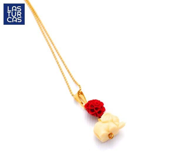 Elefante y rosa en resina sobre cadena en oro goldfiled #Collares #Lturcas #Accesorios #Lturcas