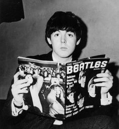 Paul McCartney (I read the news today oh boy - Paul reads up on Beatles)