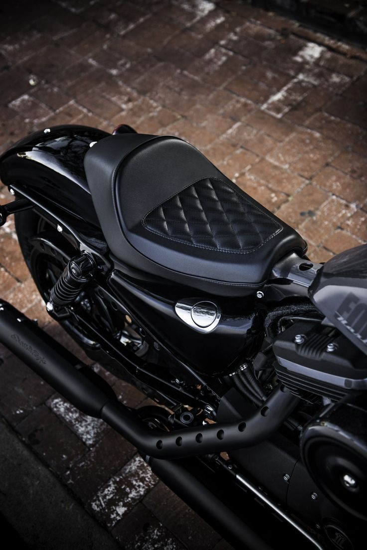Style that hugs every curve. | Harley-Davidson Seats