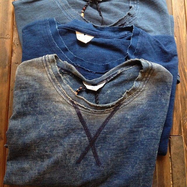Vintage distressed indigo sweatshirts | Worn faded collar |