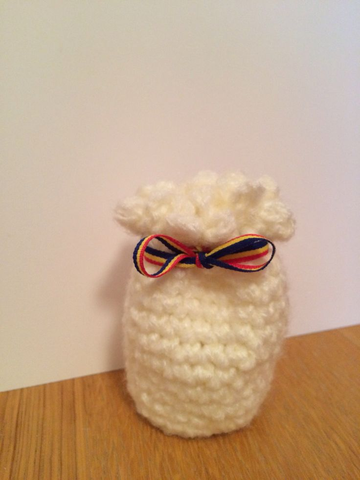 Crochet aromatic pouch! :)