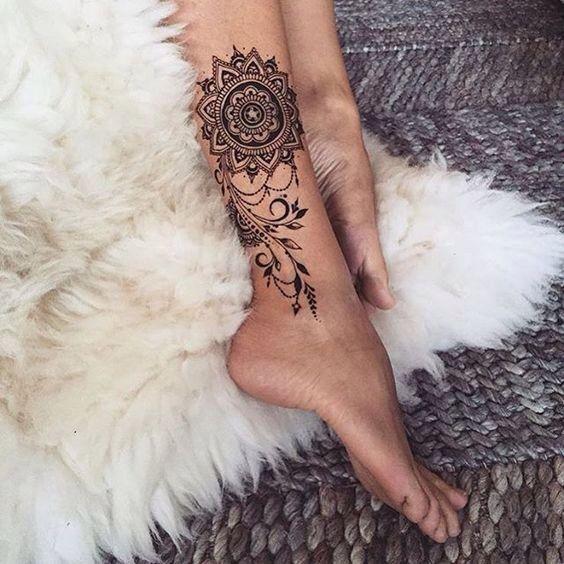 Classy leg Mandela tattoo for women