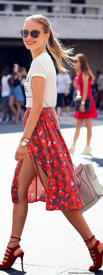 casual chic in red.