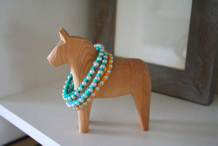 tuto bracelets: Color Bracelets, Diy'S Pearls, Colour Bracelets, Cute Bracelets, Diy'S Pears, Diy'S Jewelry, Diy'S Accessories, Pearls Bracelets, Diy'S Bracelets