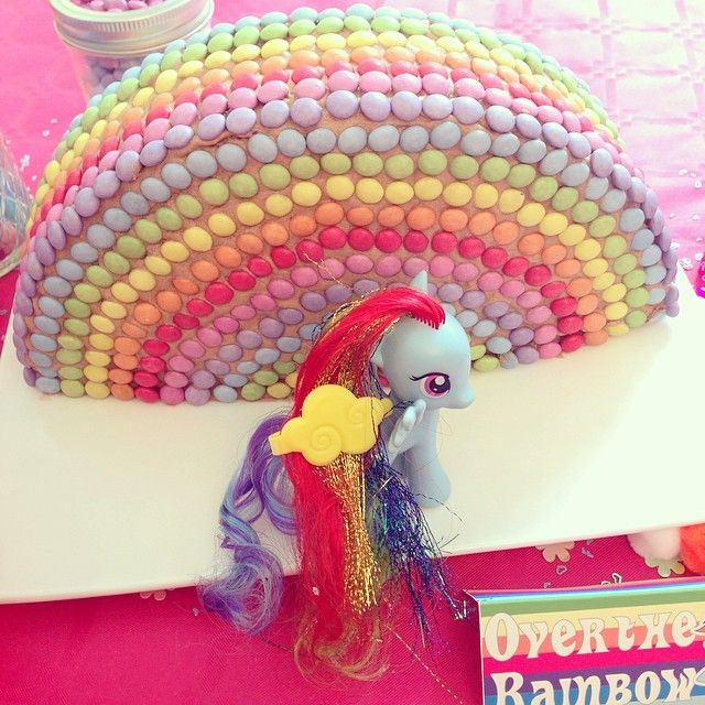 Sweet Table My Little Pony - gateau rainbow dash