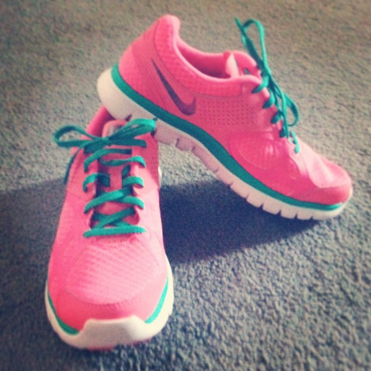 cute pink Nike retro sneakers as usual, a pair of Nike's Shoes for Cheap im in  love with and I can't find them.