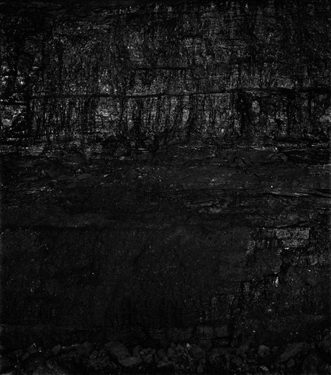 Coal Seam, Bergwerk Prosper-Haniel 3, 2013. Courtesy of the artist and ACME., Los Angeles
