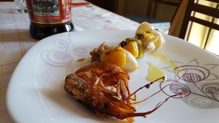 https://goo.gl/0ucUVu Buon martedì amici dell'Olio Pace. Oggi vogliamo deliziarvi con dei prelibati spiedini di pesce abbinati al nostro nutriente Olio Denocciolato @salonedelgusto @ricettarioit @ricettexcucinar @CucinaItaliana @gialloblogs @masterchefit #olio #olioevo #denocciolato #oliodenocciolato #pesce #fish #spiedini #spiedinidipesce #oliveoilextravirgin #olioextraveginedioliva #olivedenocciolate #de-stonedolives #destonedolives