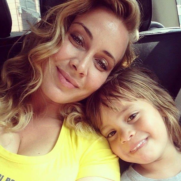 Anouk - Mom of 5