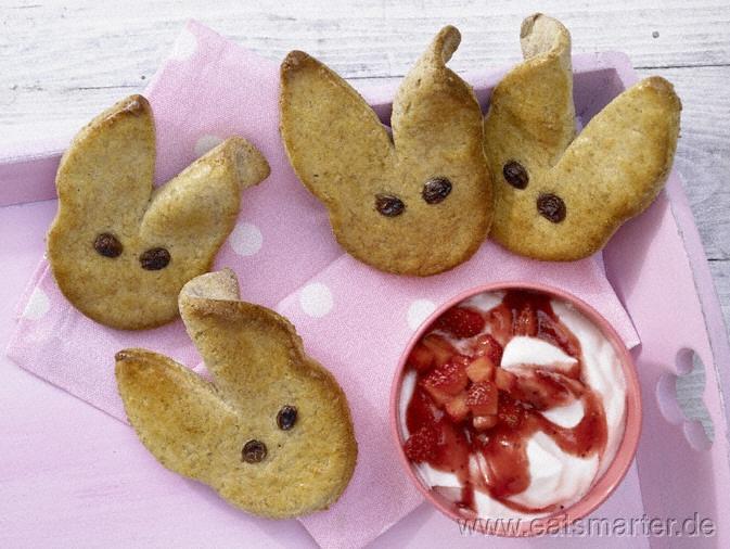 Osterhasen-Gebäck mit Erdbeerquark - smarter - Kalorien: 271 Kcal | Zeit: 40 min. #easter
